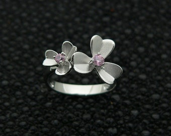 Ladies,classic,flower,design,925,silver,ring,hand,set,stones,white,round,cut,cz ,rhodium,plated,plus, jewelry,gift ,box.,