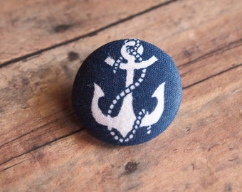Navy and white anchor print fabric covered buttons (Size 40)