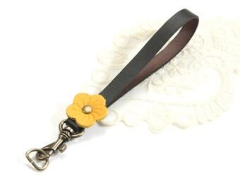 "5.9"" 100% Genuine Leather Mini Handle (Yellow)"