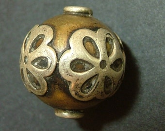 Antique Indian Silver bead, 16 mm .