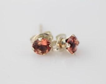Oregon Sunstone Earrings, Stud Earrings Set in Sterling Silver, 5mm Red Orange Oregon Sunstone Pair