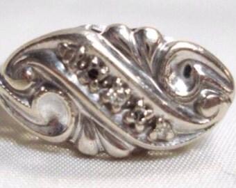 Five Diamond Art Neauveou Scroll Design Wedding Or Right Hand Vintage Ring