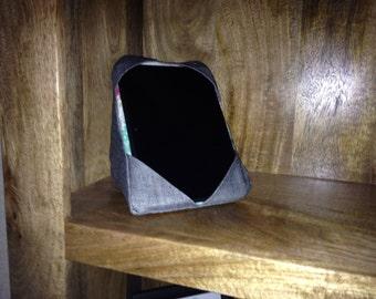 Tablet/ e-reader cushion