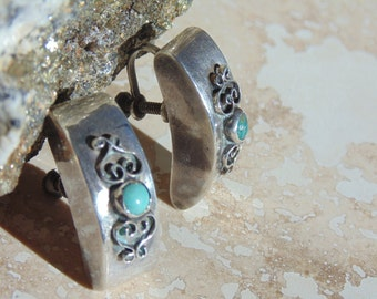 Vintage Mexico Sterling Silver Earrings.