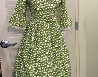 40% OFF! 1960's lime green patterned dress