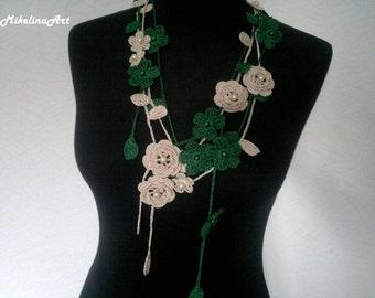 Crochet Rose Necklace,Crochet Neck Accessory, Flower Necklace, Dark Green & Ivory, 100% Cotton.