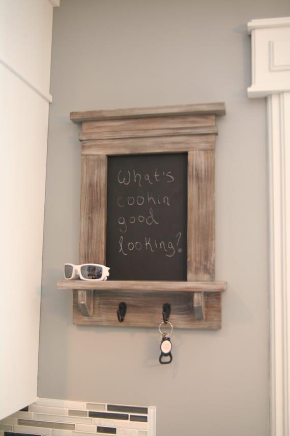 porte cl s gris ardoise avec tag re message center rustique. Black Bedroom Furniture Sets. Home Design Ideas