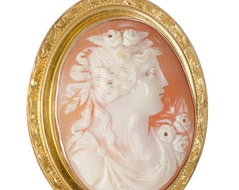 Cameo portrait carved shell in 10k yellow gold