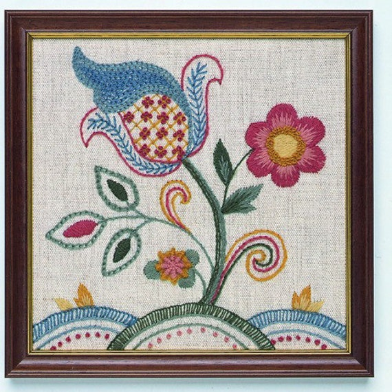 CW 406 Jacobean Starter Crewel Embroidery Kit