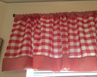 Red Gingham Valance