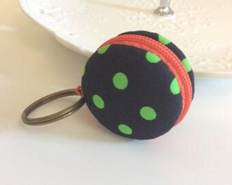 Macaroon keychain / Macaron keychain/ Macaron coin purse / Macaroon coin purse (black with green polka dots)