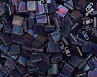 Miyuki Tila beads matte black 5 x 5 x 1, 9 mm, AB, 5 g - TL0401FR | 2 hole beads square