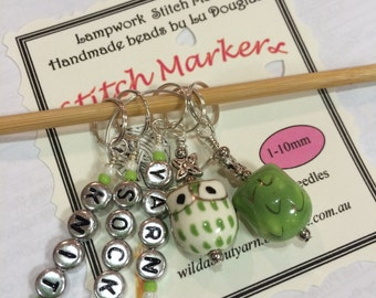 OWL Stitch markers set of 2 Gorgeous green owls + 3 letter markers  & Free postage anywhere!