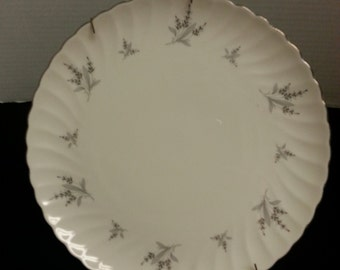 Syracuse USA Silhouette Fine China Engagement Plate