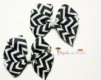 Black & White Chevron Pigtail Bow Set
