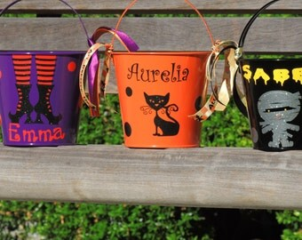 halloween bucket, toddler halloween bucket, candy bucket, small halloween candy pail, halloween party favor, trick or treat pail, candy