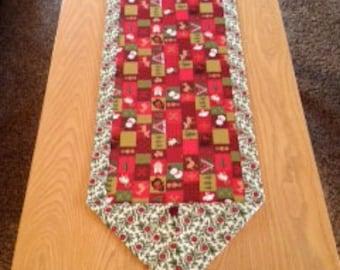Christmas Cute Block/Poinsettia Table Runner