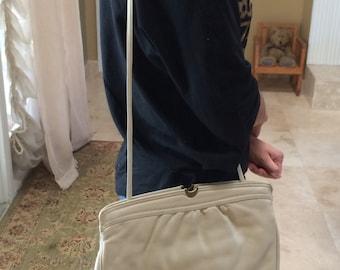 Vintage Etienne Aigner, Shoulder Bag, Leather Clutch, Etienne Aigner Purse,  Creme Shoulder Bag, Etienne Aigner, Aigner Purses, Aigner Bags