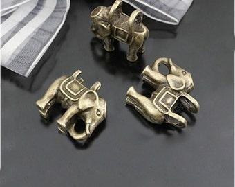6pcs 20x18mm Antique Bronze Lovely 3D Elephant Charm Pendant.  23073
