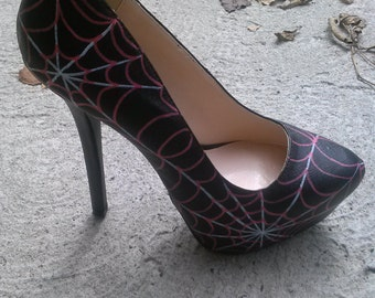 Hand Painted Spider Web Heels / Halloween Heels / Halloween Shoes / Spider Web Shoes / Spider Web Heels / Hand Painted Heels / Women's Heels