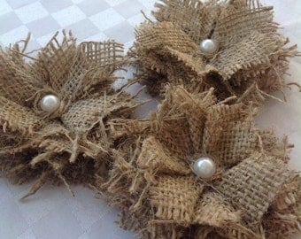 Hessian / Burlap Shabby Flowers with Pearls x 10