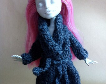 BALANCES -30%! Wool coat gray belt Doll MonsterHigh (the price reflects the reduction)