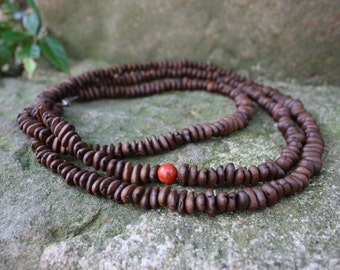 Coffeebeans Collier with one red Pearl