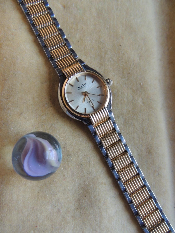 vintage gruen quartz watch. Black Bedroom Furniture Sets. Home Design Ideas