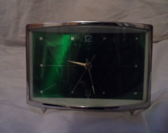 Vintage 1960's clock - old wind up clock - chinese - diamond brand