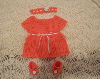 crochet baby dress outfit.
