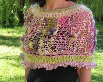 Spring or summer little shawlette