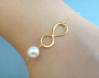 Set of 7 Bridesmaid infinity pearl bracelet, bridal bracelet, set infinity pearl bracelet, 7 bridesmaid