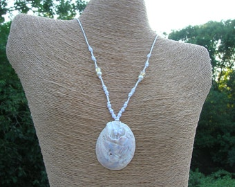 Slipper Shell Necklace on White Hemp Cord with Imitation Pearls and Beads