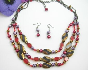 TRIPLE Strand Glass Bead NECKLACE & Pierced EARRINGS Set Red Purple Coppery Goldtone, Wires Vintage Gunmetal Gray