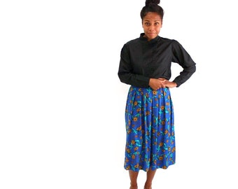 keyhole print rayon skirt . blue pleated skirt midi length . womens vintage clothing size large xl