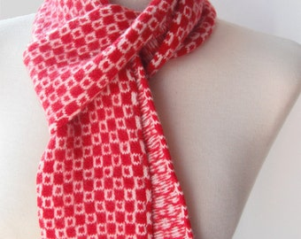 Op-Art Scarf in Red and White - Felted Merino Lambswool