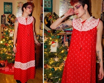 LIBERTY House 1960's Vintage Bright Red Floral Long Maxi Dress with Lace // size Small Med // by TROPICANA Hawaii