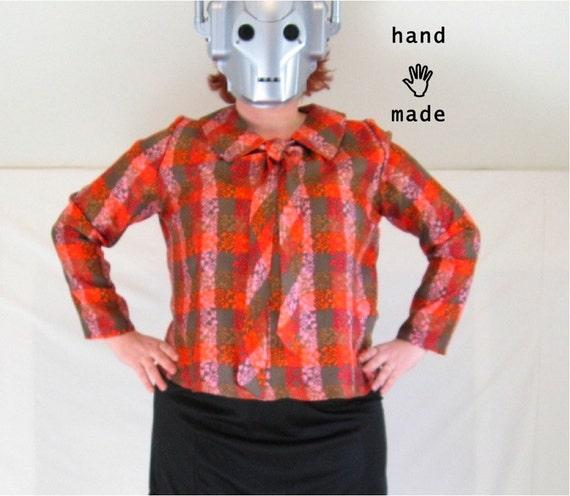 SALE - Dashing Top -- plus size 22, long sleeve blouse, peter pan collar, tie, handmade in vintage printed silk -- 52B-48W-55H