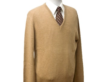 Men's Sweater / Vintage Beige V-Neck Sweater / Size Large Tall