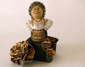 Folk Style Girl - Clay - Woman - Highly Figured - Incised - Hand Sculpted - Sculpture