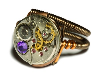 Steampunk ring, Steampunk Jewelry, Watch Movement Steampunk Ring with Heliotrope Crystal