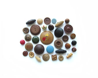 Vintage Wood And Leather Buttons . Button Collection . Natural Button Assortment . Sewing Supplies
