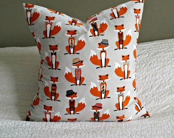 Fox and the Houndstooth Pillow Cover - 20x20