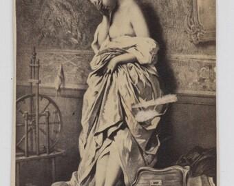 1860s - 1870s Antique CDV. Escaped Bird