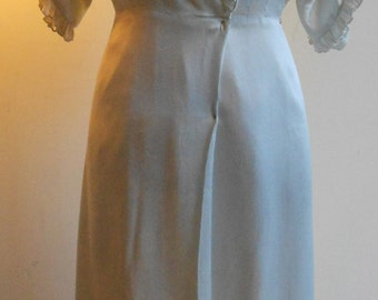 "1930's, 34"" bust, foam green, silk satin wrap robe."