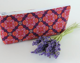 Zipper Clutch, Small Wedding Clutch, Bridesmaid Bag, Personalized Gift Idea, Cosmetic Case, Make-up Bag, Pink and Purple Medallions