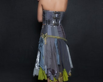upcycled clothing . XS - S . tattered skirt . freedom fighter