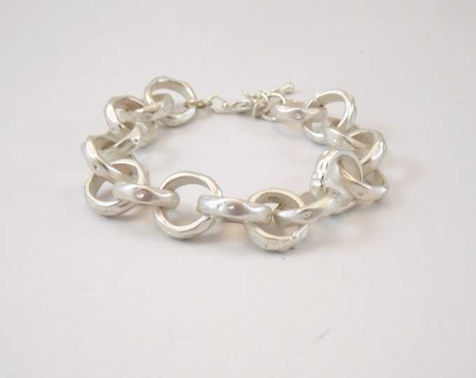 Silver Chain Link Bracelet, Large Chain Bracelet, Matte Silver Hammered Link Bracelet, Boho Bracelet, Large Link Bracelet