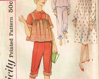 Pajamas top and pants Nightgown Vintage 1960s Misses Simplicity 4179 Sewing Pattern Size 14 Bust  34
