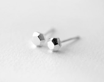 Faceted Diamond-like sterling silver studs